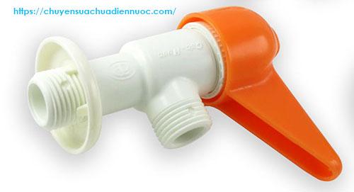 Vòi khóa nước bằng nhựa