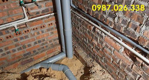 Cách lắp đặt hệ thống ống thoát nước xuyên qua dầm sàn