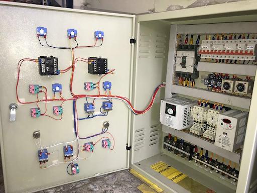 Cấu tạo của tủ điện 3 pha