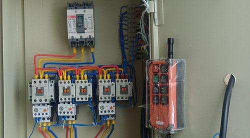 Tủ điện điều khiển 3 pha