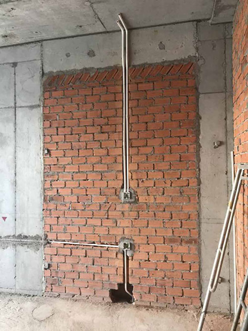 Có nên đi dây điện âm tường - âm trần?