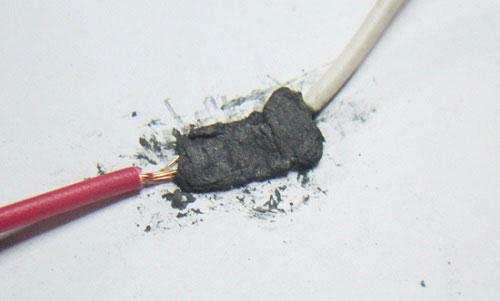 sự cố dây điện âm tường bị đứt, chập cháy