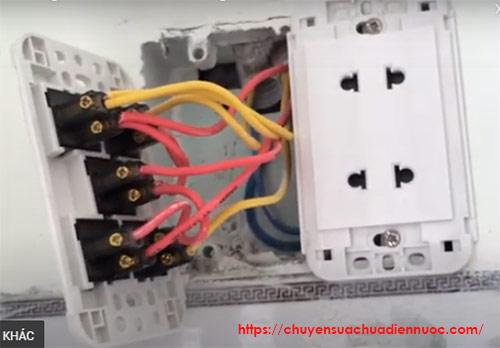 Hướng dẫn lắp ổ điện vanlock